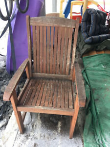 Free! Patio table and 4 chairs