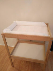Diapers table