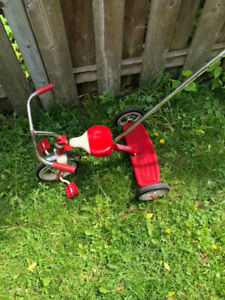 radio flyer tricycle (with push bar)