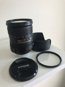Nikon 18-200mm f/3.5-5.6 G ED-IF AF-S VR - Mint Condition