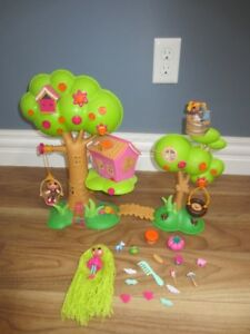 MINI LALAOOPSY TREEHOUSE PLAYSET - IN EXCELLENT CONDITION!