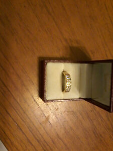 14k mens ring with 10 diamonds