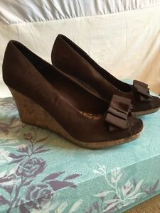 Women's shoes size 10 Peterborough Peterborough Area image 1
