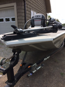2009 16FT Fisher Welded Aluminum Boat