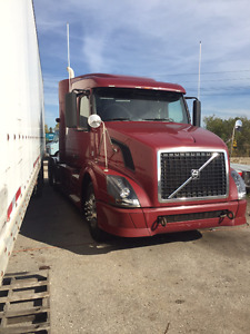 2010 Volvo 630 truck For Sale