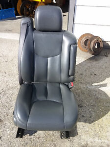 Leather bucket seats - 2006 Sierra Crewcab- Yorkton