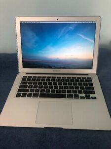 MacBook Air 13 Core-i 5 256GB Like new Mint condition
