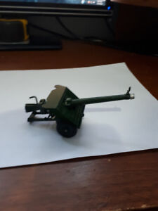 VINTAGE-BRITAINS-9720-120mm-BAT-GUN-MILITARY-GREEN RARE