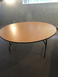 Table pliante ronde 60""