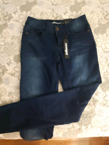 DOLLHOUSE SIZE 5 JEANS NEW WITH TAGS