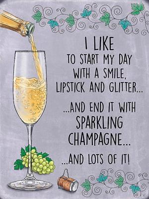 Ende der Tag mit glitzernden Champagner Getränk Bar Pub groß Metall