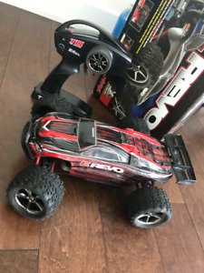 traxxas mini e revo 1/16 Brushless