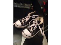 Converse high tops boys size 8