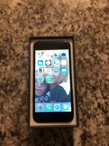 iPhone 6, 16 gb, w/NEW battery; mint w/protector; unlocked!