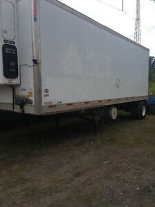 2004 28 foot reefer traier