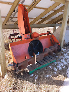 6 foot snow blower- 3 point hitch