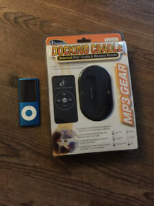 IPOD NANO 8GB 5TH GENERATION AND DOCKING STATION WITH REMOTE NEW