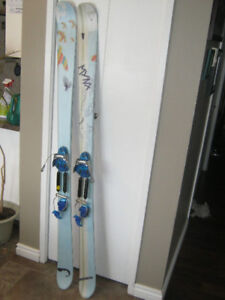 Salomon Ladies Skis with Telemark Bindings - EUC - $125