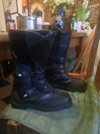 Armoured motorcycle boots (Size 42)