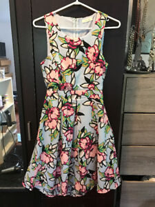 Mutilple Dresses, Fits Size 6, Great for Weddings, etc.