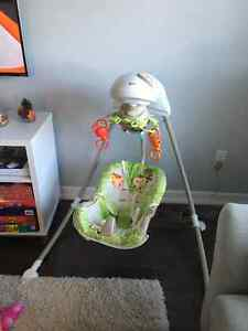 MINT CONDITION FISHER PRICE BABY SWING