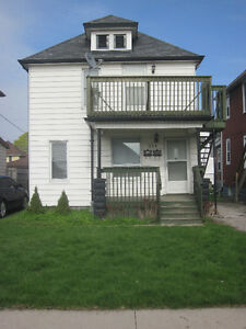 1 bedroom upper unit in a duplex (nr. Erie St. East)