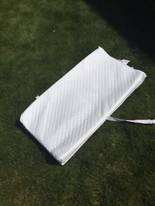 Baby change mat with straps