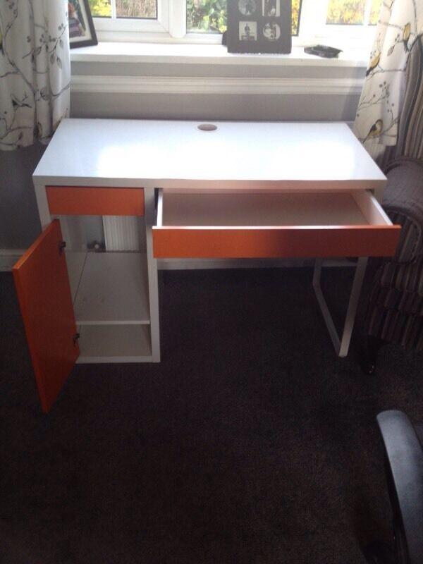 Ihram Kids For Sale Dubai: Ikea Micke Desk White Orange Buy, Sale And Trade Ads