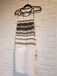 Lulu blissed out dress..size 10 nwt