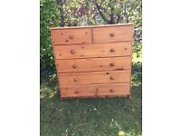 pine chest of drawers in good condition