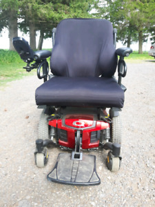 Electric/powered wheelchair
