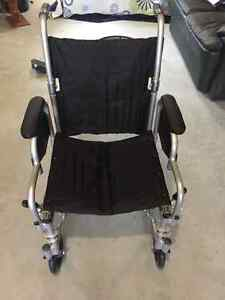 Fauteuil roulant / Wheel chair