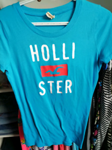 Hollister Size Large T-Shirt