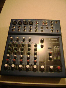 Yamaha MG8/2FX 8-Input Stereo Mixer with DSP Effects