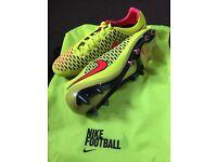 Nike Magista Opus FG / Size 9!