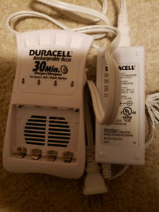 Duracell rechargeable battery charger AA and AAA