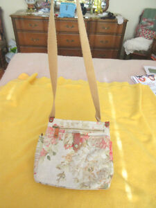 FOSSIL Canvas Purse with Flower Design - Shoulder Strap - NEW