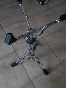 Pied.snare stand tama