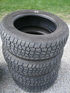 4 USED SNOW ARCTIC CLAW 235/75R15 MUD & SNOW TRUCK TIRES