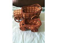 Two-piece handmade car basket set