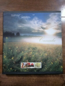 LIKE NEW: The Collection of Canada's Stamps 1998 (Album only)