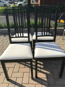Solid Wood Dining Chair With White Vinyl Padded Seat Cushion