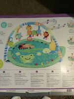 PLAY MAT and RANGE OF TOYS