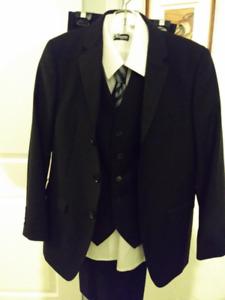 Habit pour garçon de taille 14 avec cravate et chemise