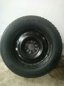 215-65R16 four Goodyear winter tires with original rims Toyota s