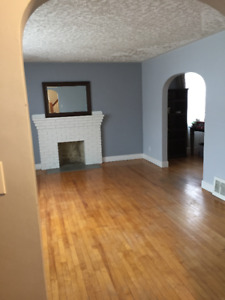 House for rent in Dartmouth close to bridge and bus terminal