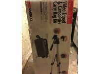 Ideal xmas gift BRAND NEW TRIPOD AND CARRY KIT
