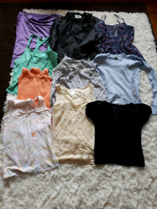 Lots of cheap brand name clothing!!