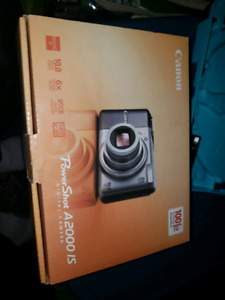 New Canon Digital Camera (old model battery operated)