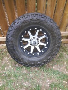 Nitto Trail Grapplers on XD Rims